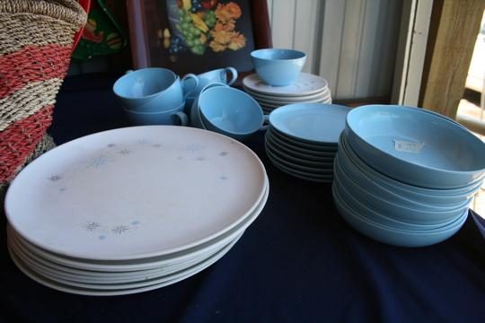 Two women plates