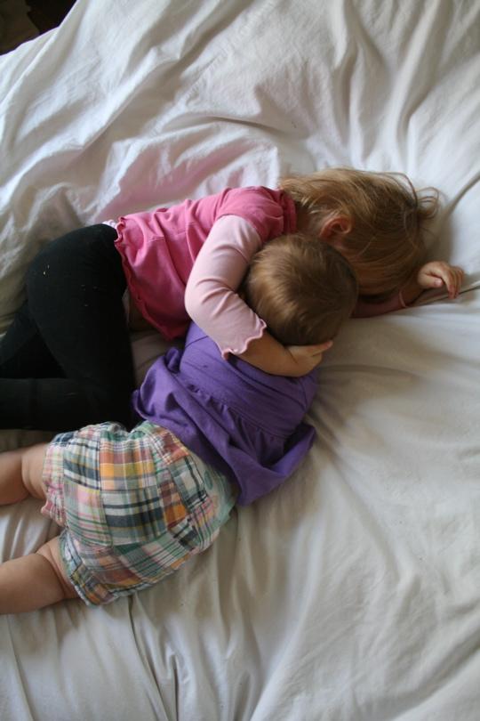 Ab applique sisters hug