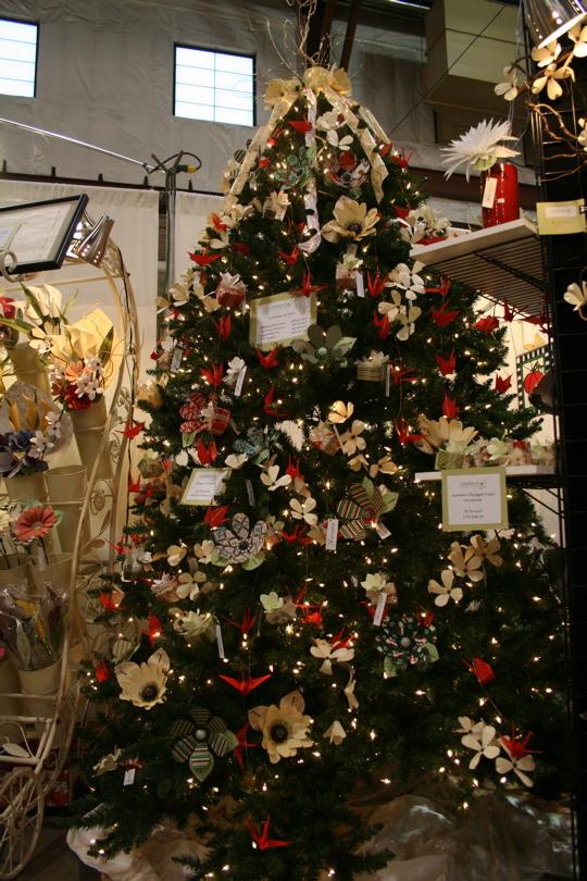 Paper tree ornaments1