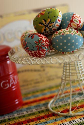 Fabric eggs retro mama