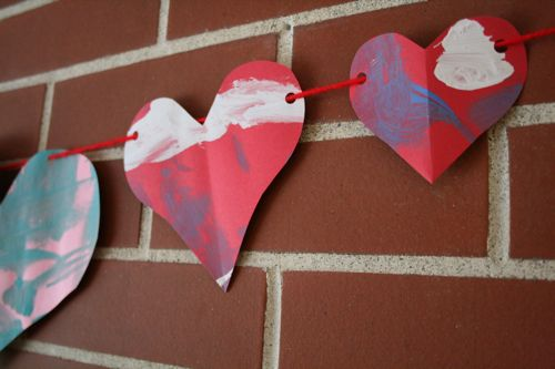 Heart garland close
