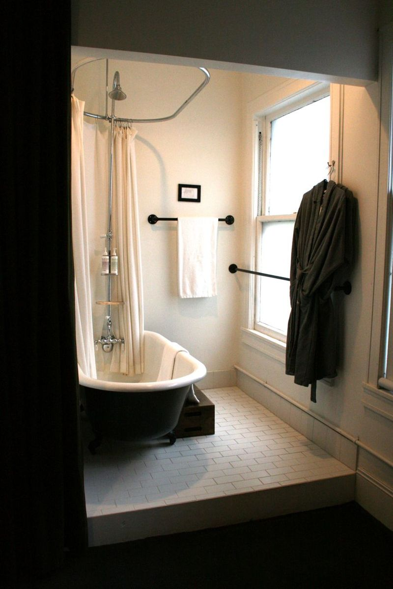 Portland ace hotel bathroom