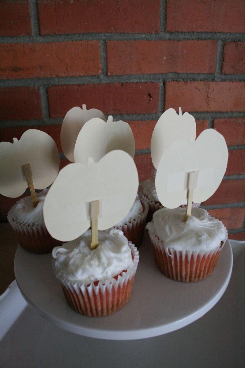 Cupcake topper back