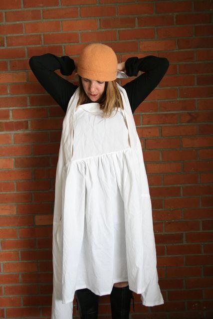 Henny penny apron wear 3