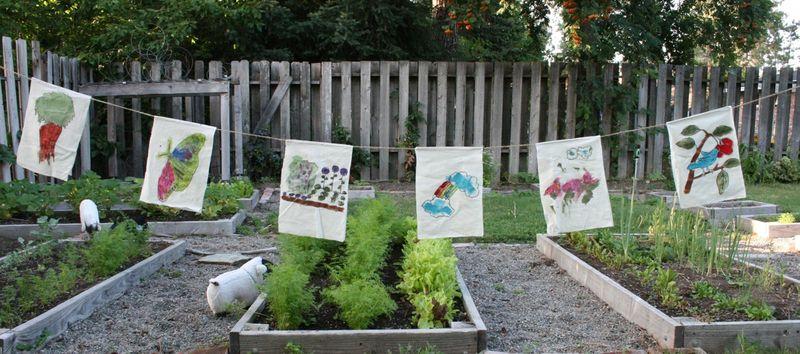 Garden flags 6