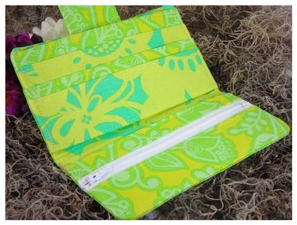 Buttercuppity wallet