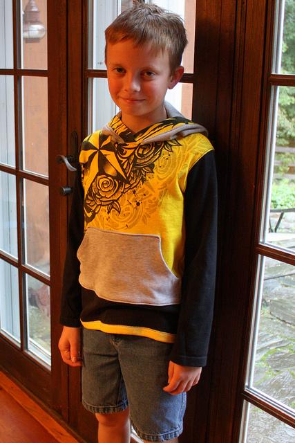 CraftyNHMom hoodie 3