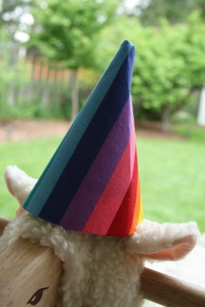 Rainbow_hat