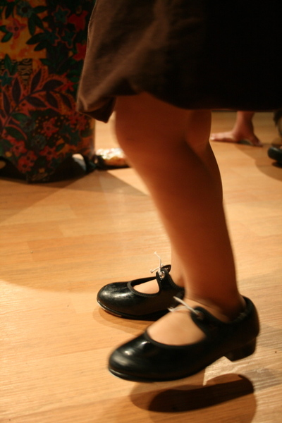 Nis_bo_tap_shoes